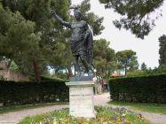 20 - Fano, statua di Ottaviano Augusto