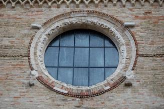 37 - Duomo, particolare del portale