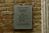 30 - Urbino. Casa natale di Raffaello.