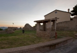 64 - Castel di Mezzo, chiesa