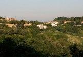 """59 - Parco Monte San Bartolo, proseguendo sulla strada panoramica, il borgo di Fiorenzuola di Focara. Il borgo, denominato originariamente Fiorenzuola, assunse nel 1889 la specificazione di Focara, probabilmente per la presenza nell'antichità di fuochi che segnalavano ai naviganti la posizione, o per la presenza di """"fornacelle"""" dove si cuocevano laterizi e terrecotte"""