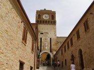 6 - Gradara - La porta dell'Orologio e dell'ingresso della città.