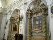 61 - Fano, interno della Chiesa di S. Maria Nuova. Visitazione di Giovanni Santi e Annunciazione del Perugino