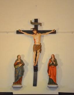 38 - Chiesa di San Mercuriale - Altare Statue della Crocifissione -