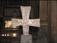47 - Dall'altra la mano di Dio aperta e circondata dai simboli degli Evangelisti, trattati con una naturalezza sorprendente