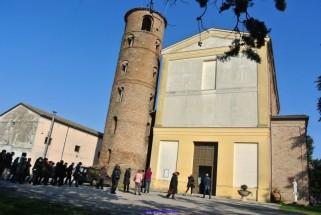 201 - Forlì - A circa 10 km dal capoluogo, nella frazione di Pievequinta è un , vi è la pieve dedicata ai -SS.Pietro-e-Paolo.