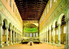 153 - Ravenna. Basilica di Sant'Apollinare in Classe. Interno la navata centrale
