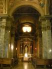 88 - Nella navata destra, e precisamente a metà, si apre la cappella del SS. Sacramento, a forma ottagonale, disegnata da Pace di Maso del Bombace nel 1490, arricchita poi di marmi e affreschi; ospita il fonte battesimale esagonale (1504), e l'affresco di Pompeo Randi Invenzione e riconoscimento della Santa Croce (1875), nell'abside dell'altare maggiore.