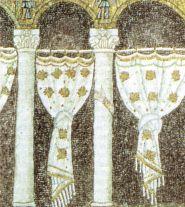 44 -Ravenna, sant'apollinare nuovo, dettaglio palatium (inizio del VI secolo
