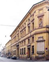 111 - Forlì. Il Palazzo è Merenda è aperto in concomitanza con l'apertura della Biblioteca e dei Musei ospitati al suo interno. Fra questi la Pinacoteca Civica intitolata a Melozzo degli Ambrogi