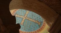 160 - Ravenna. Ravenna. Basilica di Sant'Apollinare in Classe. Particolare della croce e capitelli
