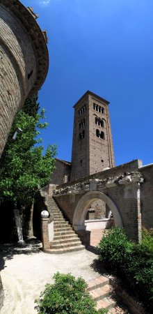 125- Ravenna. Cripta Rasponi e giardini pensili del palazzo della provincia di Ravenna