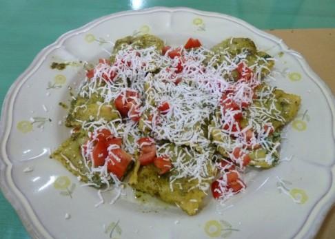 180 - Ravenna. Dopo tante bellezze un po' di pausa e buon appetito con un piatto di ravaioloni (piatto tipico locale).
