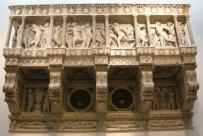 157 - Firenze. Il Museo dell'Opera del Duomo. Cantoria di Donatello.