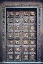 112 - Firenze. Battistero. Lorenzo Ghiberti, Porta nord del Battistero di Firenze, 1401-24. In modo analogo alla porta di Andrea Pisano, anche questa è suddivisa in 28 formelle, con scene inquadrate dalla medesima cornice a losanga lobata. Le prime 20 formelle superiori narrano storie del Nuovo Testamento, e si susseguono nelle file su entrambi i battenti e a partire dalla fila inferiore (da 1 a 20); le ultime due file mostrano i quattro evangelisti (penultima fila, da 21 a 24) e quattro Dottori della Chiesa (ultima fila, da 25 a 28).