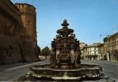 20 - Cesena - Piazza del Popolo con la fontana Masini in primo piano