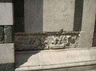 122 - Firenze. Battistero. Sarcofago.