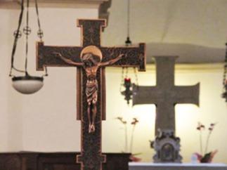 146 - PARTICOLARE NELLA CRIPTA. Particolare del crocefisso presente all'interno della Cripta.