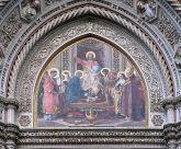 34 -Firenze. santa Maria del Fiore, particolare sopra al portale. Cristo in trono con Maria e san Giovanni Battista.