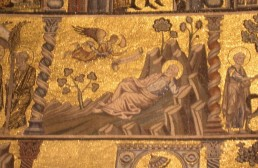 127 - Firenze - Battistero. Una delle scene del registro con storie di Maria e Gesù: San Giuseppe viene avvertito in sogno di fuggire in Egitto