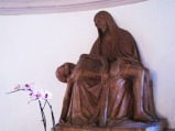 148 - PIETA' IN TERRACOTTA. Particolare della Pietà in terracotta del XVI secolo, presente all'interno della Cripta.