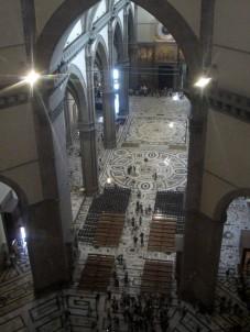 46 - Firenze. Santa Maria del Fiore (Duomo)-pavimento interno.