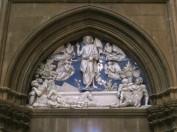 60 - Firenze. Santa Maria del Fiore, Sagrestia dei canonici, resurrezione di luca della robbia