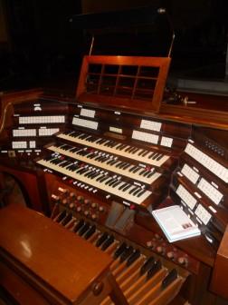 64 - Firenze, cattedrale di Santa Maria del Fiore, organo maggiore - Consolle dell'ottagono
