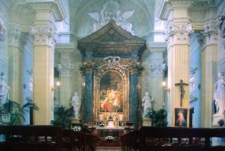 65 - Cesena - L'interno barocco della chiesa di Santa Maria del Suffragio.