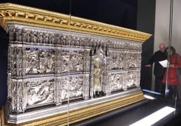 152 - Firenze. Il Museo dell'Opera del Duomo. Altare d'argento del Battistero di San Giovanni.