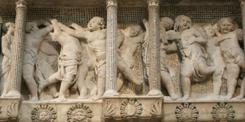 164 - Il Museo dell'Opera del Duomo. Particolare della Cantoria d Donatello.