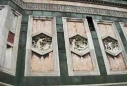 76 - Firenze. Campanile di Giotto. Dettaglio di alcune formelle della genesi, la-creazione di Adamo e -creazione di Eva di Andrea Pisano. Le originali-nel museo dell'opera del Duomo