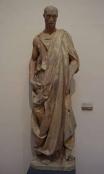 166 - Firenze. Il Museo dell'Opera del Duomo. Profeta Abacuc, marmoCm 195 x 54 x 38. Statua scolpita da Donatello per il campanile di Giotto. sulla statua c'è la firma apocrifa di Donatello.