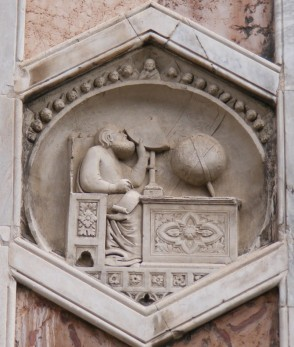 """81 - Firenze. Campanile di Giotto, particolare. Scuola di Andrea Pisano, """"Formella dell'Astronomia"""", (1334-37)"""