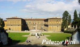 110 - Firenze - Palazzo Pitti Palazzo Pitti è sicuramente il più vasto della città e nello stesso tempo anche il più affascinante. Palazzo Pitti è la grande Reggia Fiorentina che ha ospitato nei secoli passati i Granduchi di Toscana, i Medici, i Lorena e i re d'Italia nel periodo in cui Firenze fu capitale.