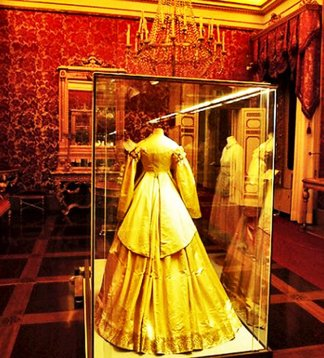 131 - Firenze. Palazzo Pitti - Galleria del Costume