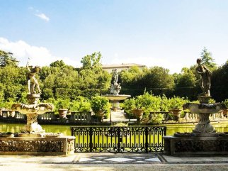 135 - Firenze. Palazzo Pitti e i giardini Boboli.