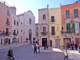 38 - Chiesa di San Giacomo nella città vecchia di Bari