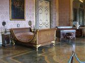 15 - Caserta.Reggia. La camera da letto di Ferdinando II