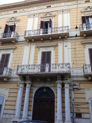 60 - Palazzo_de_Gemmis_in_Piazza_Garibaldi