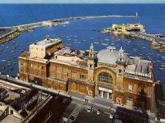 66 - Bari_-_Teatro_Margherita_negli_anni_80