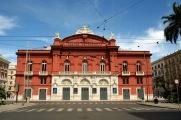 62,1 - Puglia Bari Il Teatro Petruzzelli