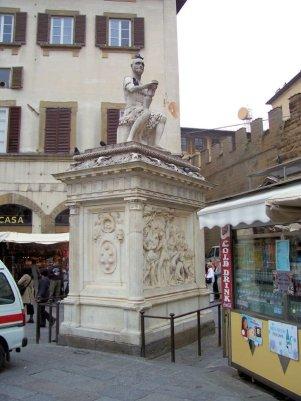 77 -Statua delle Bande Nere di Baccio Bandinelli,dwettaglio.