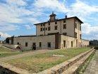 137 -Firenze -Forte Belvedere. La facciata del Forte domina la città di Firenze. Oggi il Forte Belvedere è uno dei più bei punti panoramici della città, da cui il nome, che gareggia vantaggiosamente col piazzale Michelangelo.