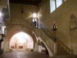 178 -Fiesole -Il Castel di Poggio, Il salone neogotico
