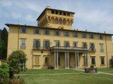 158 -Fiesole. La villa di Maiano, che si trova in via del Salviatino 1, località Maiano, a Fiesole.