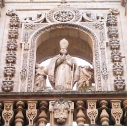 66 - Lecce. Duomo. Dettaglio. S. Oronzo benedicente.