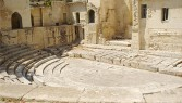 22 - Teatro romano