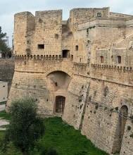 38 - Brindisi castello Svevo o di terra,.