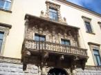 25 -Barletta - Palazzo della Marra, XVII sec. Facciata e imponente balcone balaustrato.